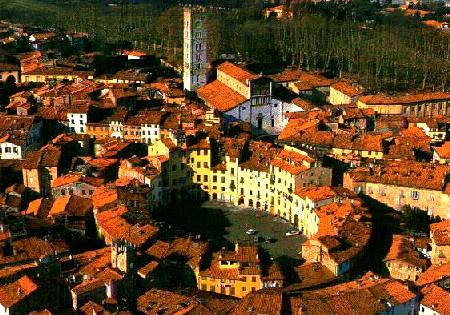 Ville de Lucques en Italie