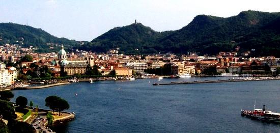 Ville de Come en Italie