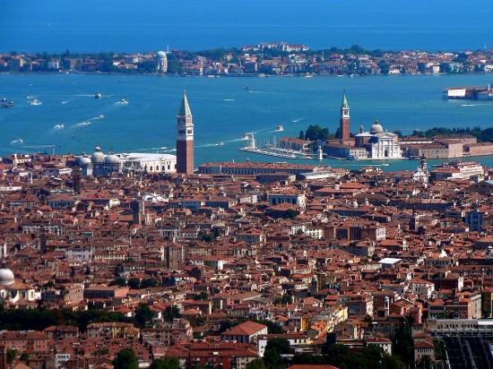Venise en Bateau