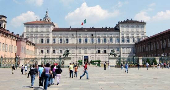 La Piazza Costello